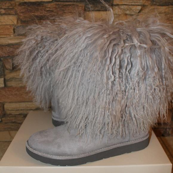 af908cd9f02 UGG LIDA Classic Short Mongolian Cuff Boots Boutique